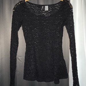 HM NEVER WORN long sleeve lace top